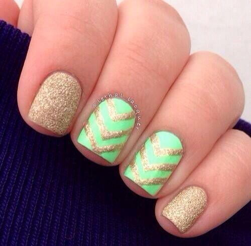nails http://cutenail-designs.com/