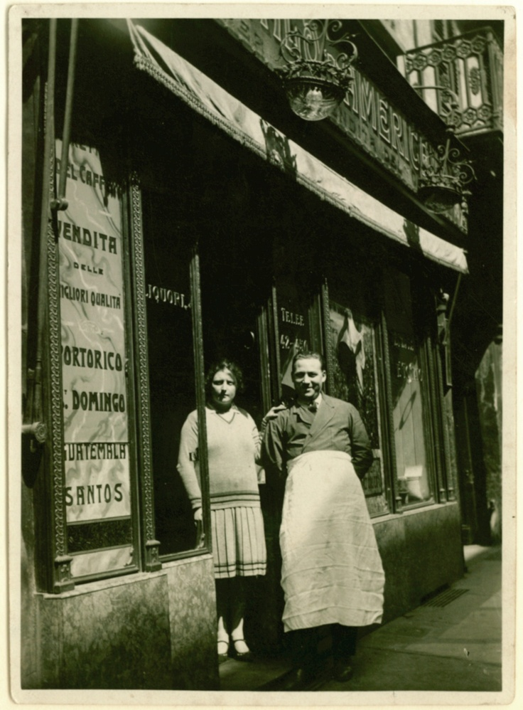 Old italian coffee shop in turin, I love it! www.costadoro.it