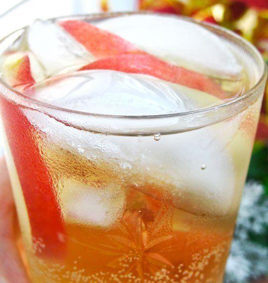 ... Recipe: Sparkling White Peach Sangria — The 10-Minute Happy Hour