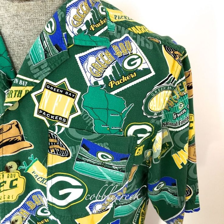 Green Bay Packer M Hawaiian Camp Shirt NFL Short Sleeves #GreenBayPackers #WI #NFL #Football  #Hawaiian