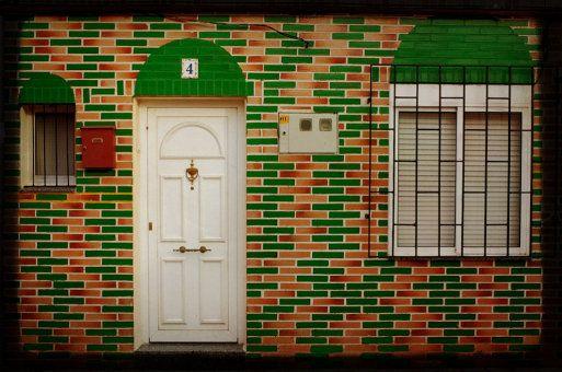 The 25 best pintar puertas de madera ideas on pinterest for Restaurar puertas de madera interior