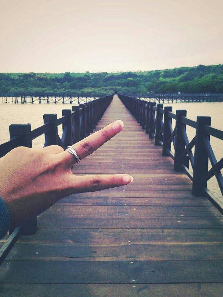 The bridge at Bentar Beach