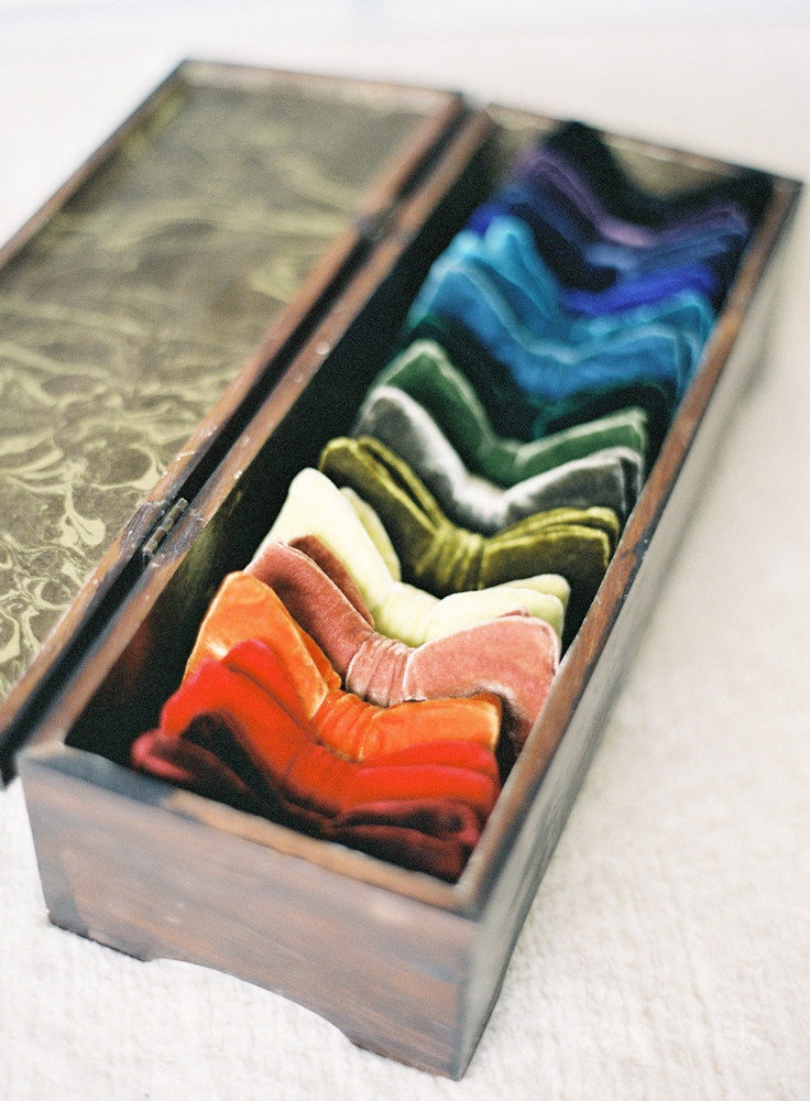 An array of tones for the groom and groomsmen. LOVE!Bows Ties, Floral Design, Bow Ties, Colors, Boxes, Rainbows, Hair Bows, Velvet Bows, Velvet Bowties