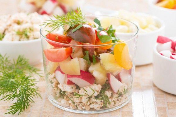 Салат из редиса с творогом, ссылка на рецепт - https://recase.org/salat-iz-redisa-s-tvorogom/  #Салаты #блюдо #кухня #пища #рецепты #кулинария #еда #блюда #food #cook