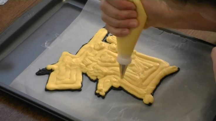 Super cute and easy Frozen Buttercream Transfer -- Pikachu Pokemon Cake by  Cookies Cupcakes...