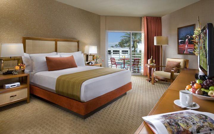Las Vegas Room Photo, Bungalows | Tropicana Hotel