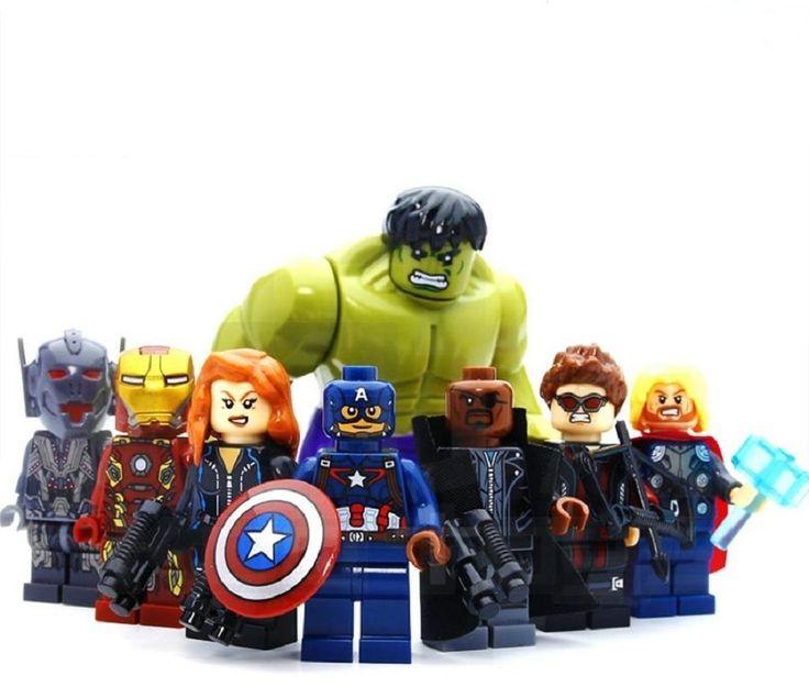 Gli Avengers 2 Era of Ultron Gioco - Personaggi Componibili - Set di 8 Supereroi