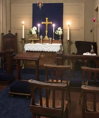 One of the very most beautiful domestic chapels I have seen! All  furnishings, including