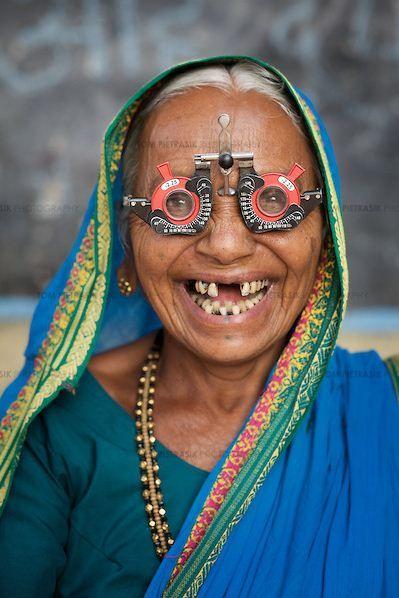 Mumbai Eye Clinic by Tom Pietrasik