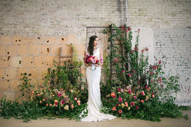 Drawing inspiration from the textured walls + warehouse vibe of the new event space, 800 Congress, in Austin, Texas — today's styled shoot is brimming with color + cool details! Event designer + planner, Bird Dog Wedding, juxtaposed the space's industrial elements with romantic and modern details, and florals were crazilyabundant. From rainbow bouquets and...