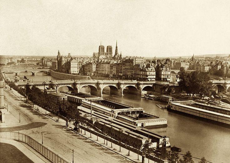 Edouard Baldus, Seine with bridges with the Notre-Dame de Paris in the background, Paris, ca. 1860.