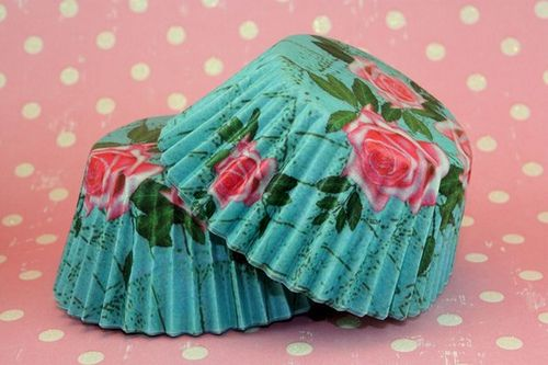Google-kuvahaun tulos kohteessa http://www.thecupcakeblog.com/wp-content/uploads/2011/01/Teal-and-Pink-Rose-Cupcake-Liners.jpg: Cupcake Liners, Cupcake Wrappers, Sweet, Cupcake Papers, Food, Rose Cupcake, Pink Rose, Kitchen, Cupcakes Liners
