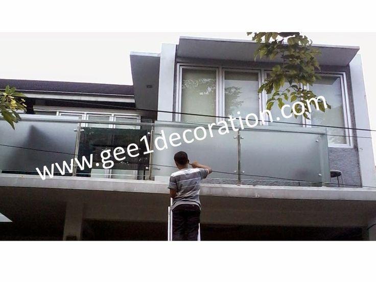 aluminium, kusen, kaca, partisi,  pintu, jendela, lipat, geser, swing, jungkit, pivot, sliding, : gambar produk railing balkon
