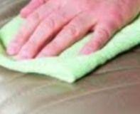 nos astuces pour le nettoyage et l'entretien du canapé en simili, skaï ou PVC