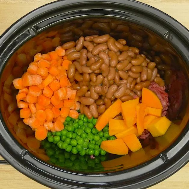 Make All-Natural Dog Food Using 6 Healthy Ingredients And A Crock-Pot!
