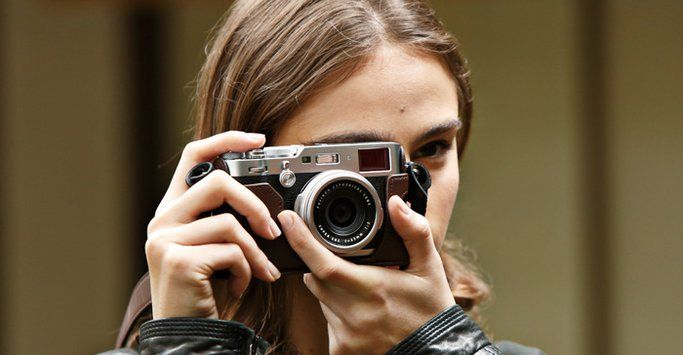 X Series most powerful new addition featuring the latest 24.3 megapixel sensor and processor Premium Compact Digital Camera FUJIFILM X100F. Further evolution of the Advanced Hybrid Viewfinder, which can switch between the optical and electronic viewfinders.