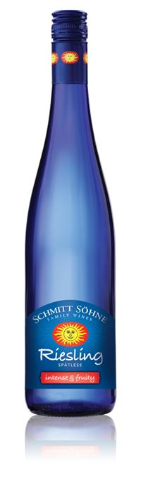 Blue Riesling Spätlese - Intense Fruity. Light and sweet/tart. Less sweet than the Auslese - I like it better. $14 @ Busters