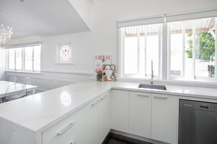 Calacatta Nuovo Caesarstone Gallery   Kitchen & Bathroom Design Ideas Inspiration