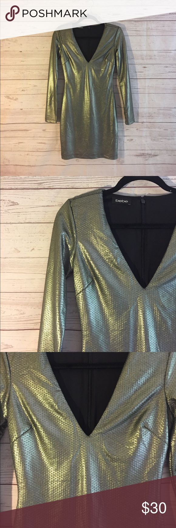 Metallic Long-Sleeve Cocktail Dress BEBE | No tags, BUT never worn! |  V-neck | Tip: For small breasted women, I suggest you wear this with a bock push-up bra! It'll look trendy | ANOTHER Tip: Wear a messy low-bun/ a crown braid of your whole hair + a dashing shade of matte RED lipstick for a smoldering night out ! bebe Dresses Long Sleeve