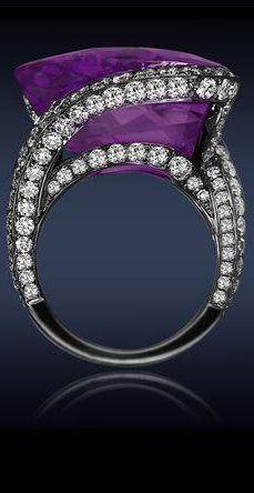hermosa joya. Amatista siberiano antiguo anillo fina joya diamante