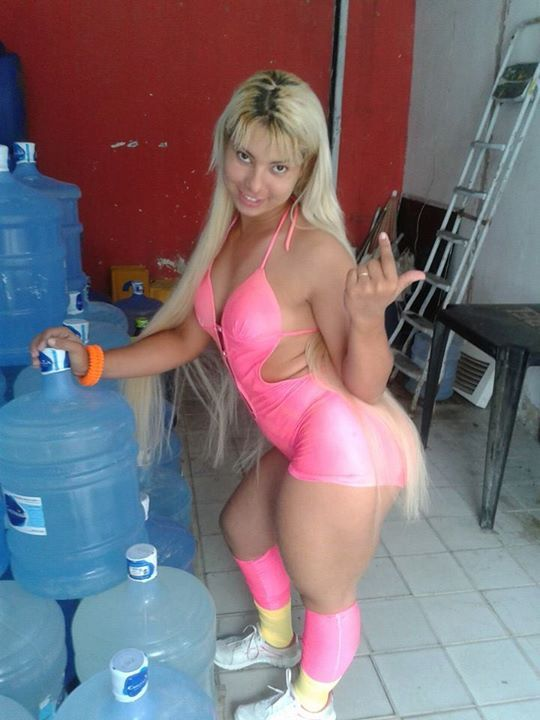 Cute blonde girl awesome figure and bosom in pink bra and ...