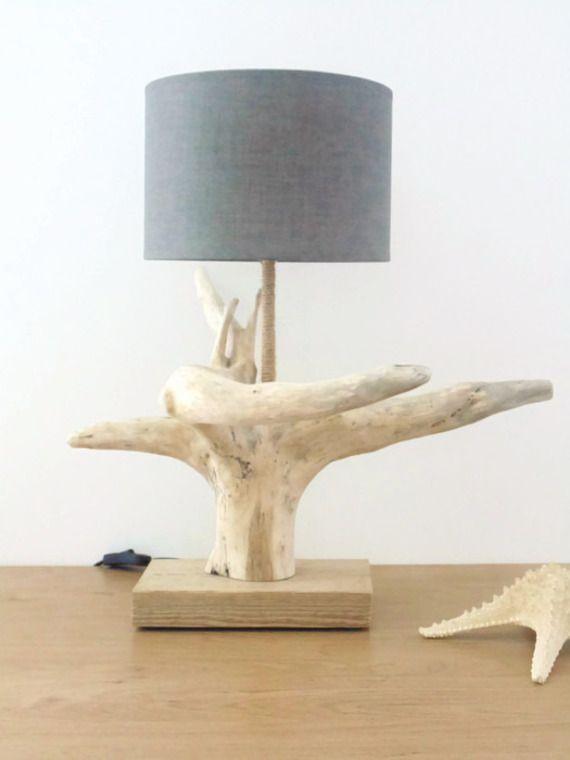 lampe bois flotté-souche-abat-jour rond- fête des pères-cadeau-modèle unique