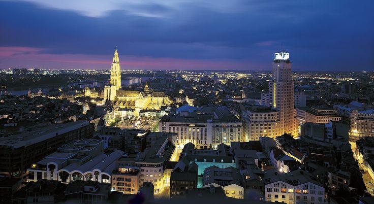 ¿Pensando en una escapada a Bélgica? Flandes te enamorará: Brujas, Lovaina, Gante, Bruselas, Malinas o Amberes son una buena opción para tu viaje a Flandes.