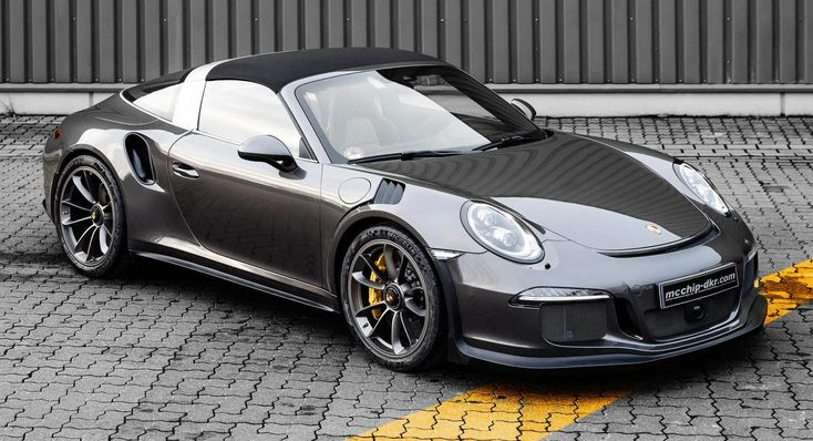 One could say that, with the 991.2 Targa 4 GTS, the Weissach-based…