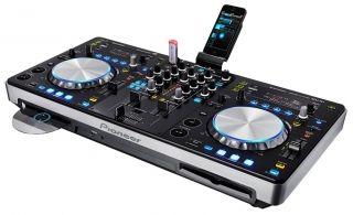 Platine Cd Pioneer XDJ-R1  Le XDJ R1 est un combo / tout en un vous permettant de mixer via iPod, iPhone, iPad, ordinateur, CD MP3 ou encore Clés USB. Soyez en rythme parfait avec le Beat Sync via Rekorbox. Utilisation possible sans fil.