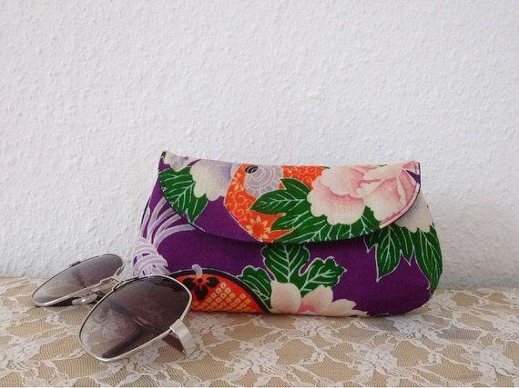 Eyeglass Case or Sunglass Case in Kimono Vintage by Kokondesign, €23.00