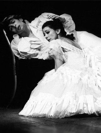 Margot Fonteyn and Rudolf Noerejev. Two artists, bound through art, bound through life. Real love never dies.