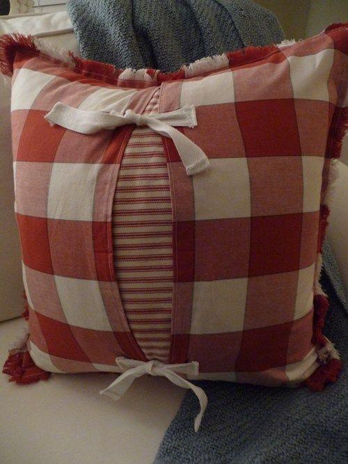 DIY-Pillow from Fabric napkins Tutorial