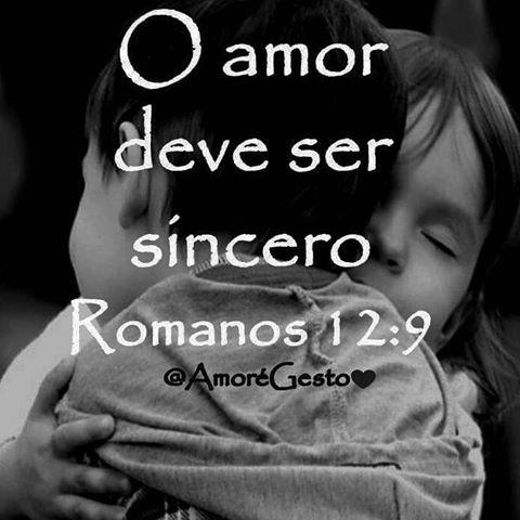 O mal só pode ser vencido com o bem. Romanos: 12. 9. O amor seja sem qualquer fingimento. Aborrecei o mal e apegai-vos ao bem.  #Amoregesto #Deus #amor #cruzigualamor #evangelho #salvação #deusnocomando #confie #sigaoamor #eee #notempocerto #respeito #boanoite #maisamor #fazerobem #bomdia #euescolhiesperar#carinho #respeito #pensamentos #Salvar #vidas #poesia #delicadeza #doar #oração #espera #ações #agir #mudança #palavras