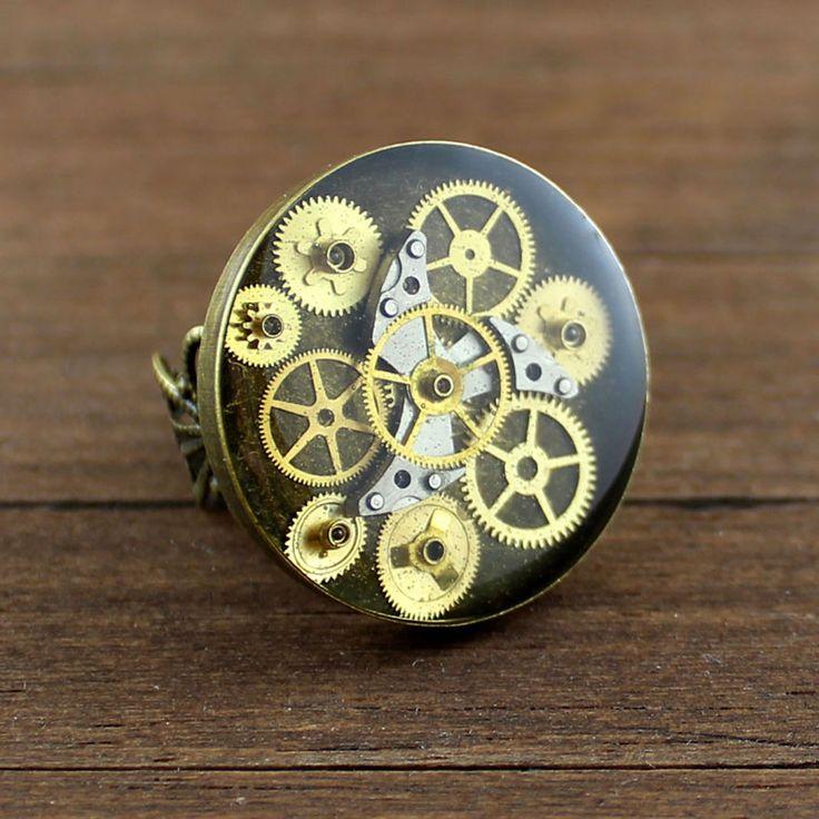 Bijou résine mécanisme horlogerie