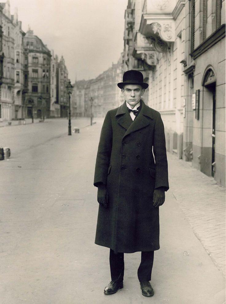 August Sander's portrait of Robert Musil 1880-1942