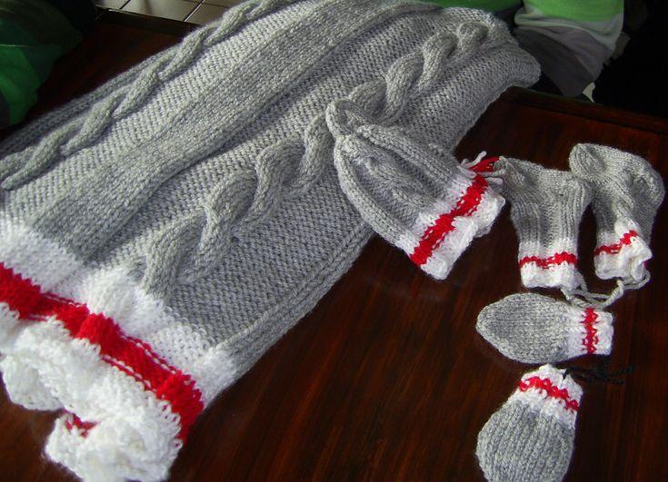 couverture pour bébé avec bonnet, bas et mitaines, baby blanket