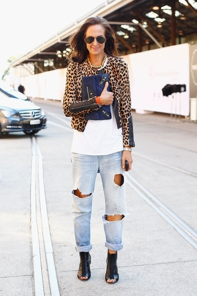 The Look: Uptown Edge - white t-shirt, shredded boyfriend jeans dressed up with an animal print cardigan, leather heals, and gold accessories