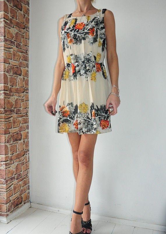 Atmosphere Sukienka Bezowa Kwiaty 38 40 Vinted Pl Dresses Summer Dresses Fashion