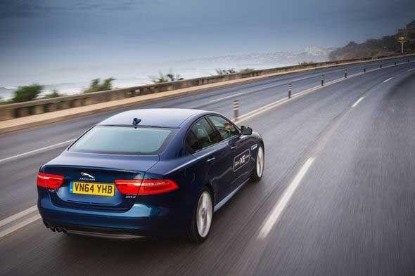 Anvelopele pentru Jaguar XE, realizat în Marea Britanie, sunt made in Romania
