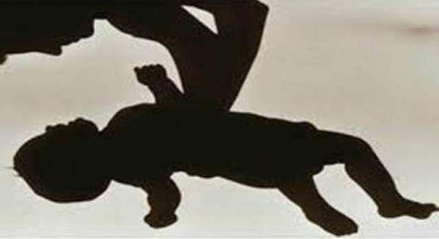 Kes bayi perempuan baru lahir diculik di Hospital Tanah Merah disiasat   Kes bayi perempuan baru lahir diculik di Hospital Tanah Merah disiasat | Kementerian Kesihatan akan menjalankan siasatan terperinci berhubung kes penculikan seorang bayi perempuan berusia lima hari dari Hospital Tanah Merah Kelantan pada Selasa malam.  Menterinya Datuk Seri Dr S.Subramaniam berkata kejadian itu tidak sepatutnya berlaku di mana-mana hospital dan pihaknya memandang insiden itu sebagai sangat serius.  Kes…