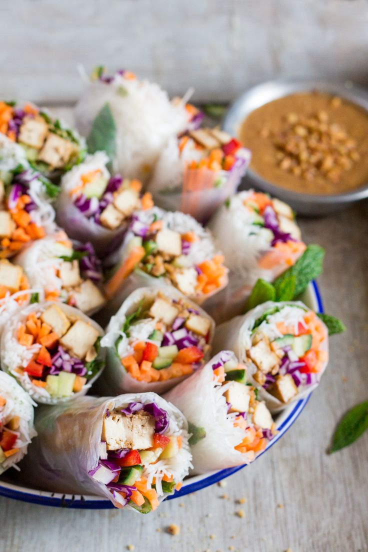 Peanut tofu rice paper rolls make a delicious, light lunch or a starter. They're fresh, vegan and gluten-free and come with a killer date