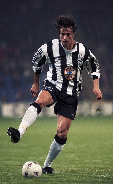 David Ginola - Toulon, Racing Club Paris, Brest, Paris Saint-Germain, Newcastle United, Tottenham Hotspur, Aston Villa, Everton, France.