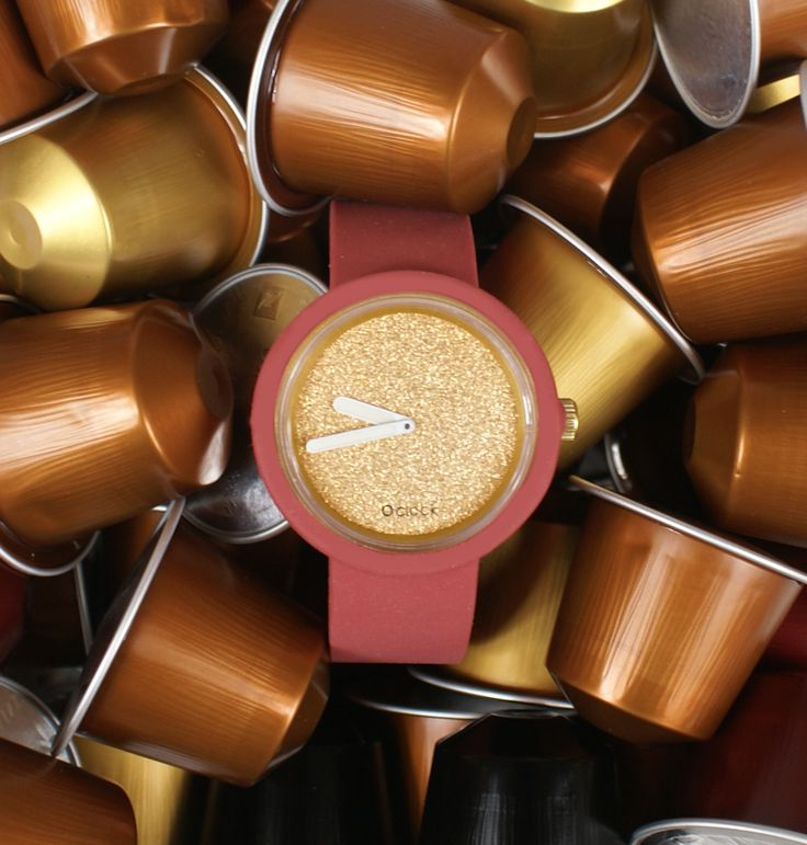 O clock glimmer gold dial with marsala strap