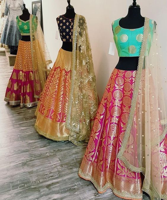 Sisters bride outfit styles. This gorgeous saree cut out lehengas are perfect for a day wedding. #frugal2fab