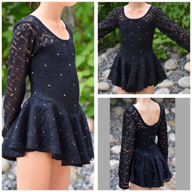 Konståkning klänning figureskating dress black lace rhinestone