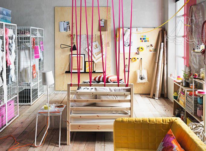 IKEA katalog 2015 - lav en kreativ opslagstavle på en træplade med forskellige knager og fri leg