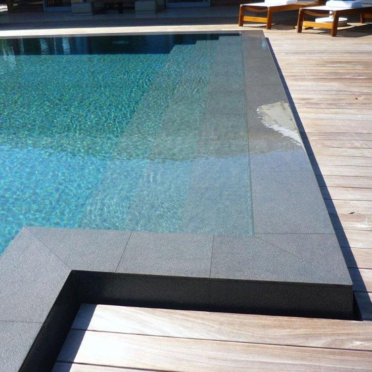 Urbatek - Porcelánico Técnico Avenue Black #urbatek #piscina