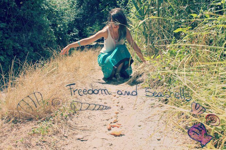 giallodinylon: freedom and seashells