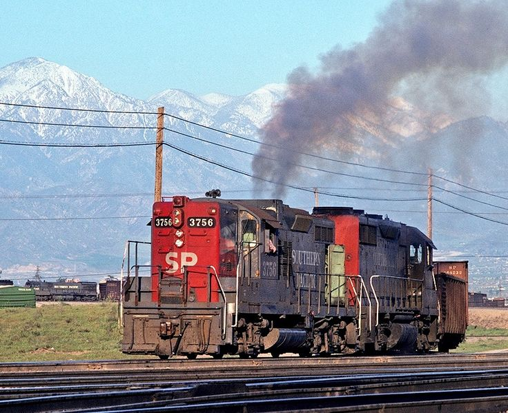 Southern Pacific Railroad, EMD GP9 diesel-electric locomotive in West Colton Yard, Bloomington, California, USA