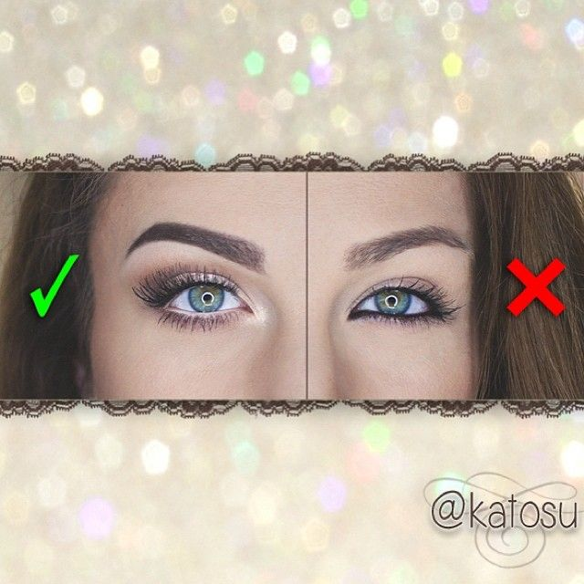 Se você quiser fazer seus olhos parecerem maiores, não use delineador preto em sua linha de água, use suas sombras e marcadores para realmente fazer seus olhos se destacam, perfeito para as meninas que usam óculos